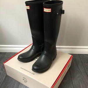 Hunter boots- tall/matte